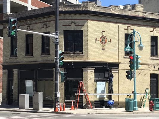 New Milwaukee Bar to Donate Percentage of Sales on Opening Night to Women's Fund